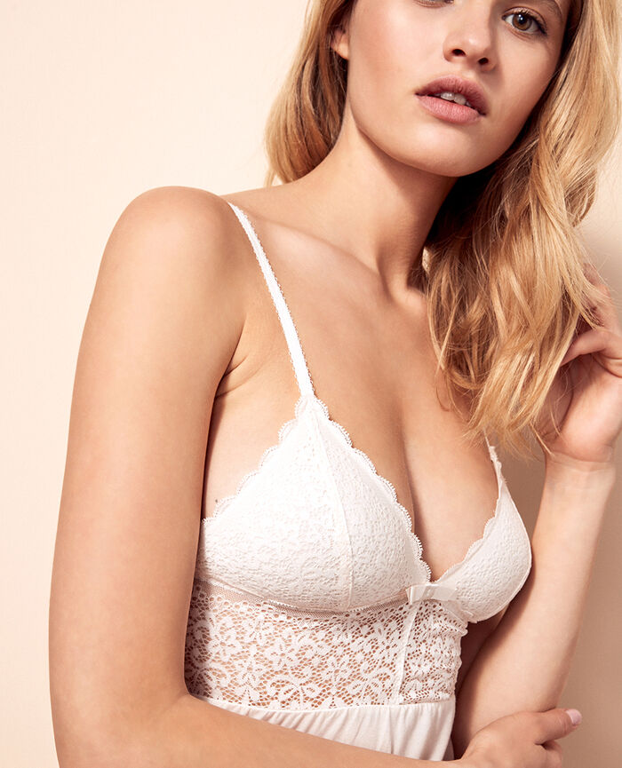 Cami Rose white Flora