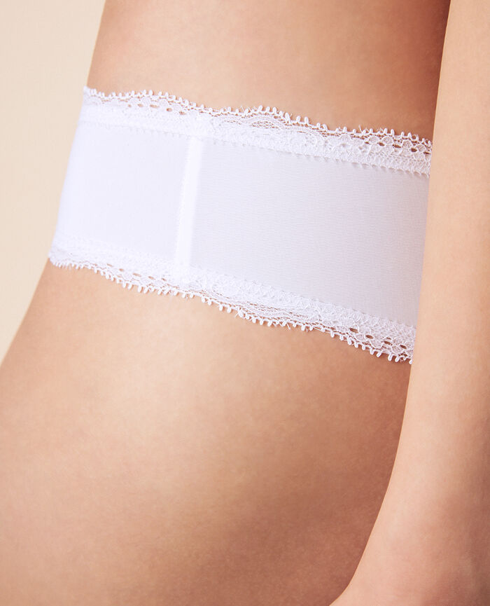 Brazilian briefs White Take away