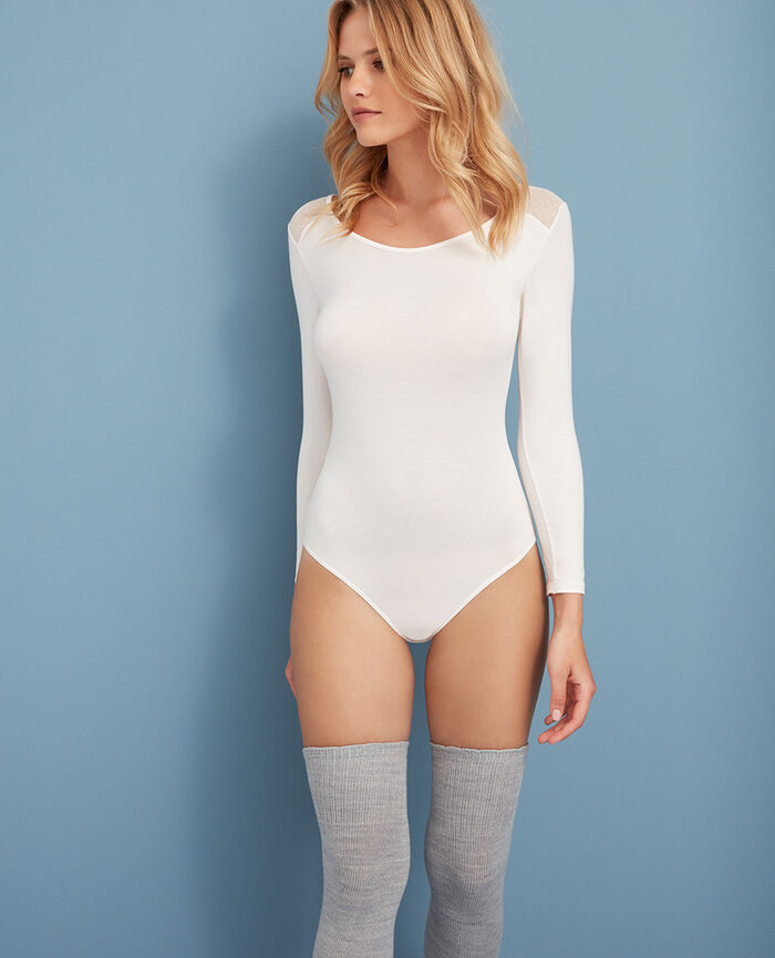 Body Rose white Innerwear