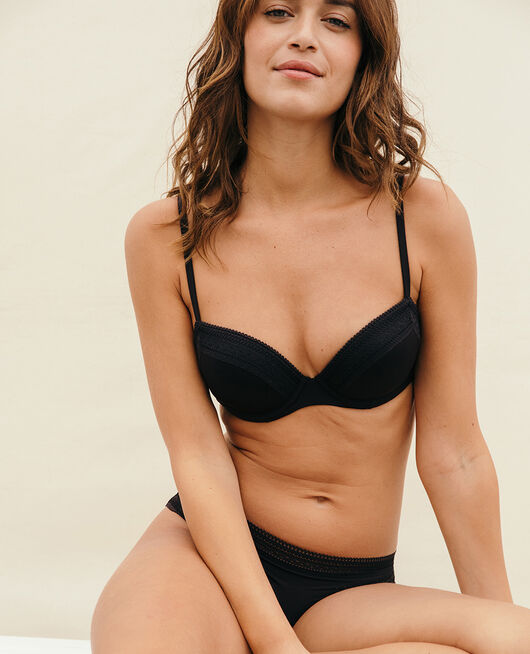 Progressive-cup push-up bra Black Eclat