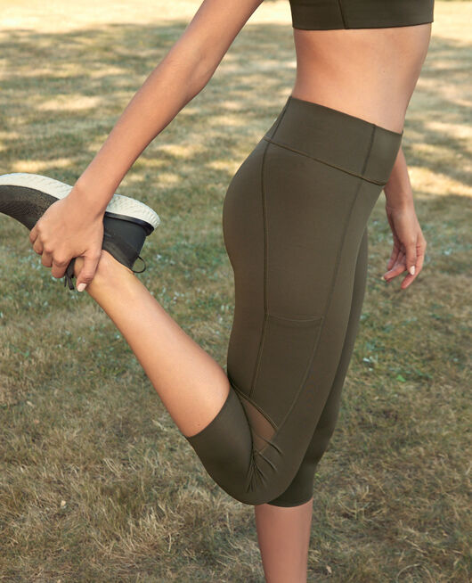 Legging de running galbant court Vert mousse Run