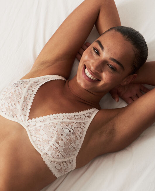 Underwired triangle bra Rose white Josephine
