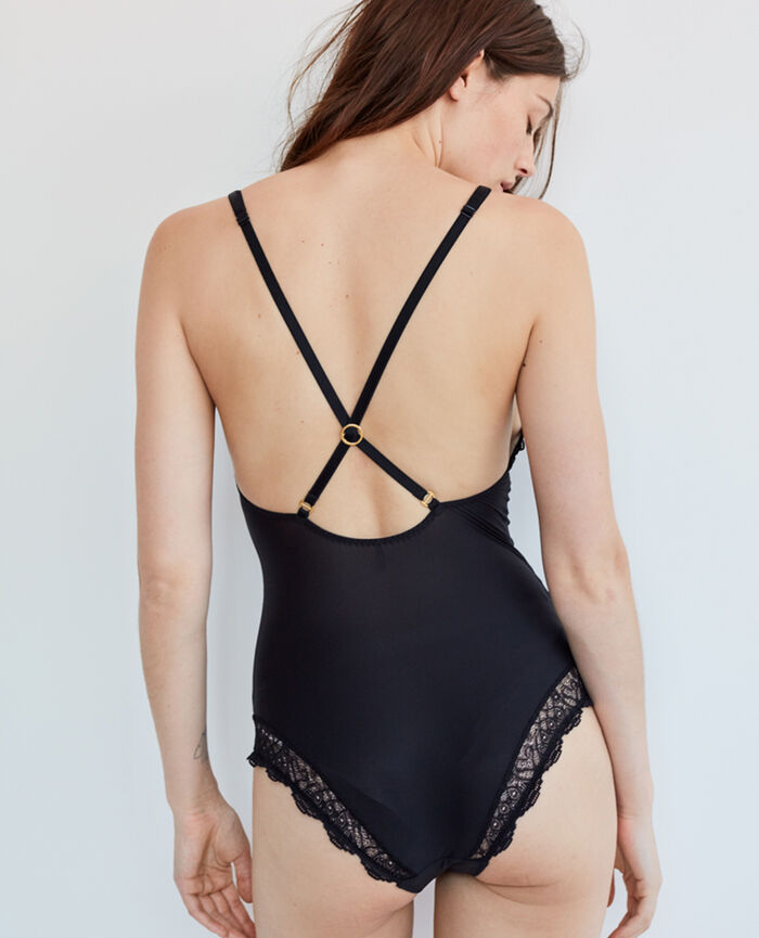 Body Black Muse