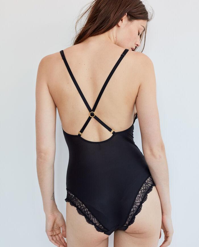 Body Noir Muse