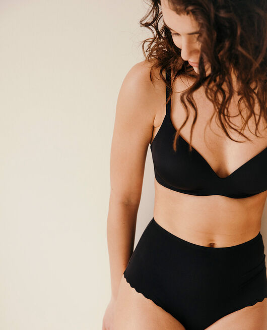 Soutien-gorge triangle moulé sans armatures Noir Secret