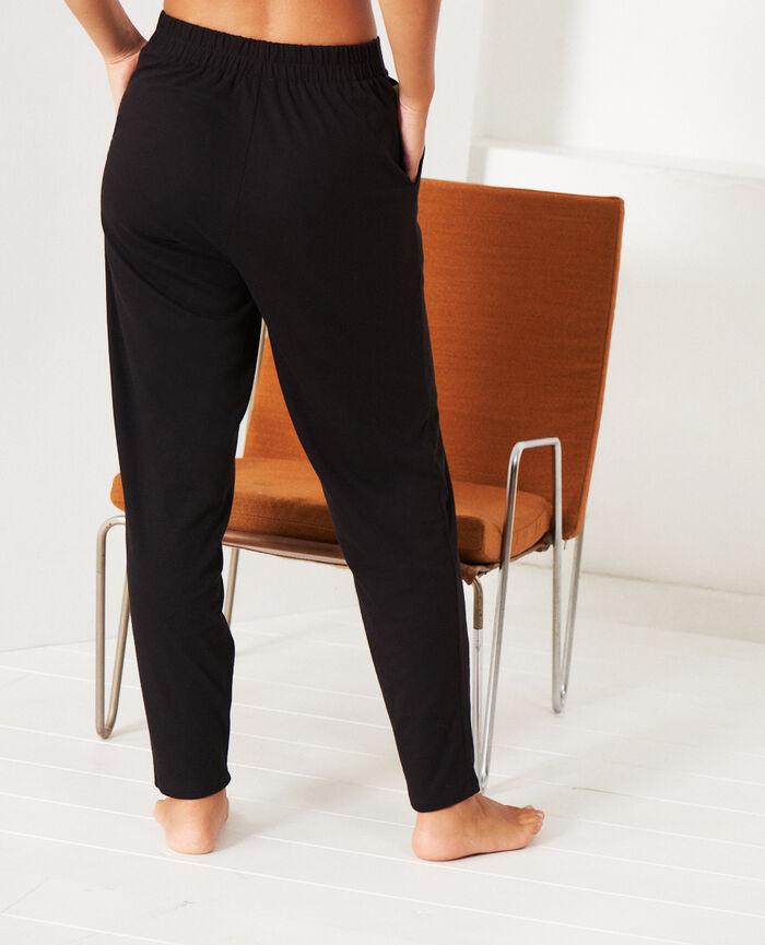 Carrot pants Black Heattech® lounge