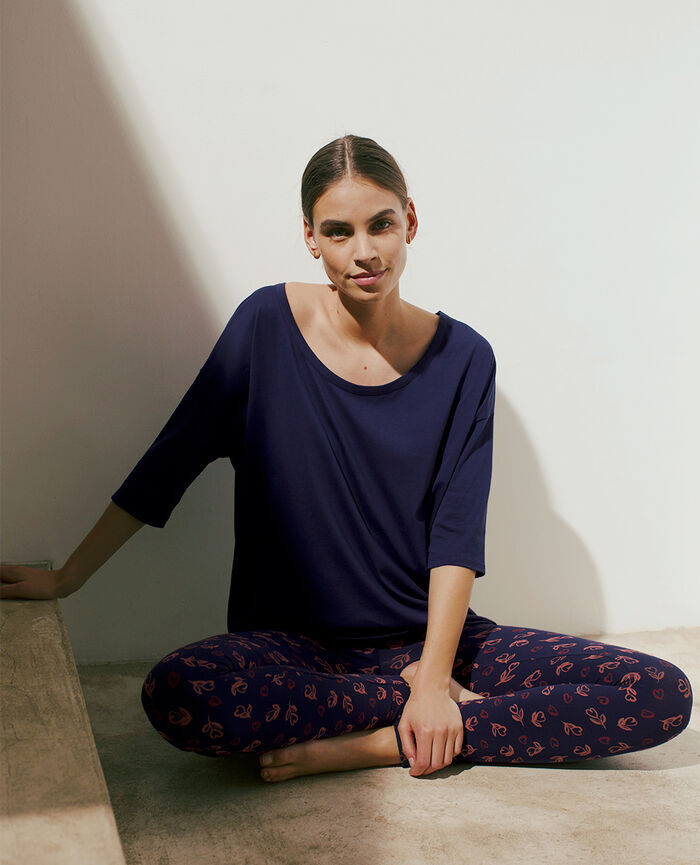 Long-sleeved t-shirt Navy Top collection