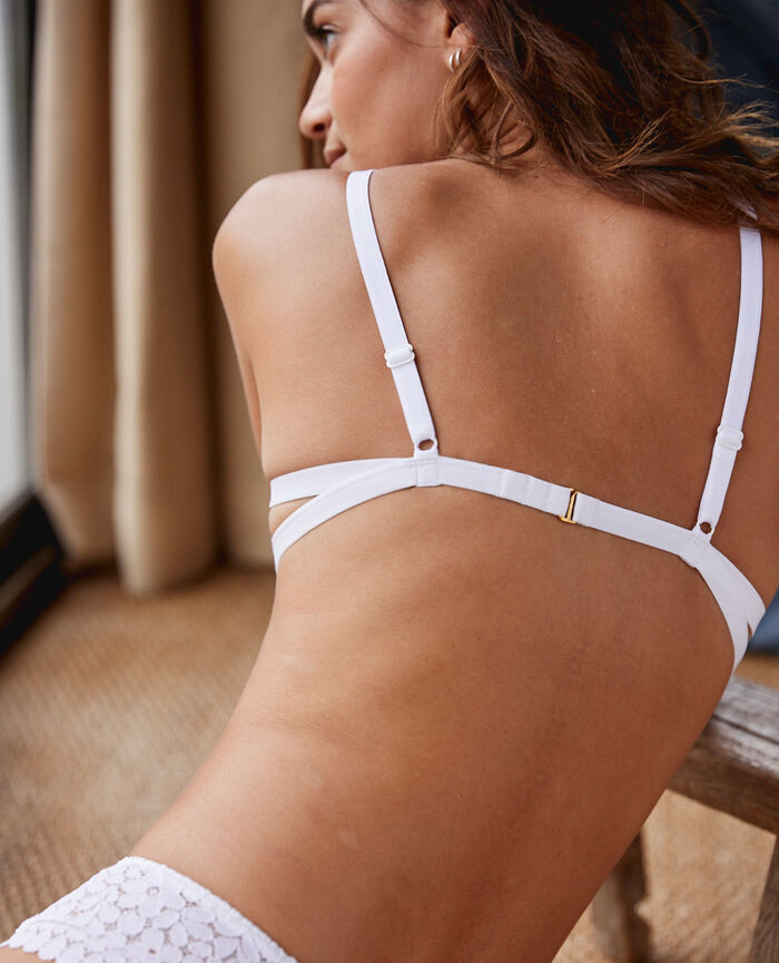 Soft cup bra White Monica