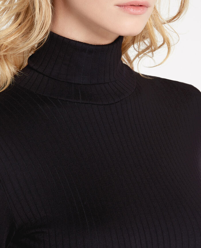 Top with turtle neck Black Infinity