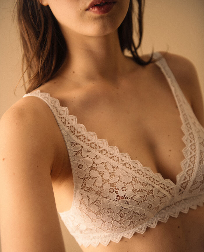 Soft cup bra White Confidence - the feel good