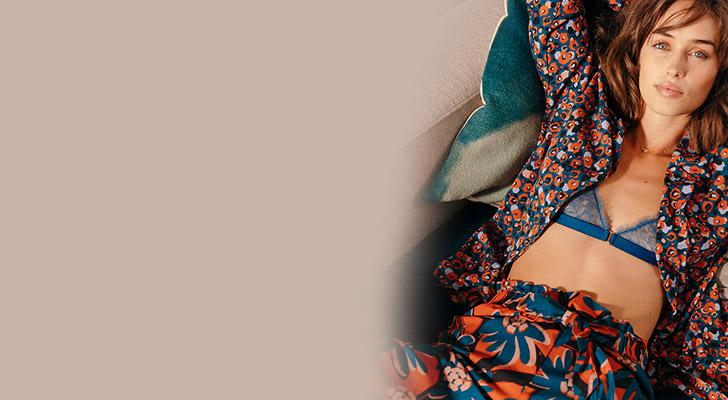 Crépuscule, le pyjama flower power